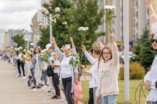 Женская цепь солидарности 13 августа 2020 Минск, Беларусь